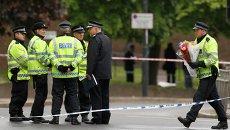 Сотрудники полиции на месте преступления в Лондоне. Архив