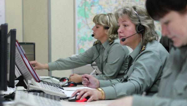 Работа диспетческой службы МЧС России. Архивное фото