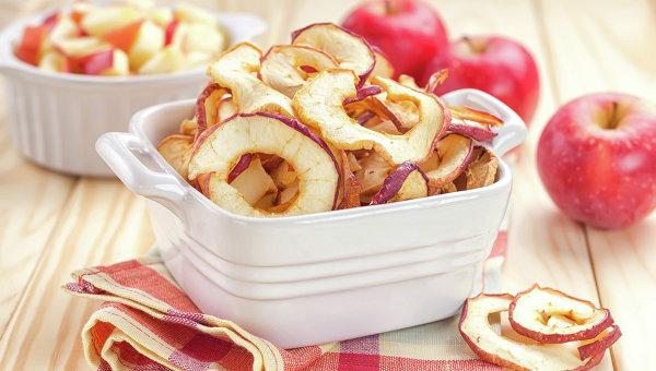Сушеные яблоки. Архивное фото