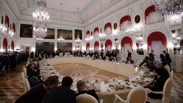 Рабочий обед участников саммита Группы двадцати. Архивное фото
