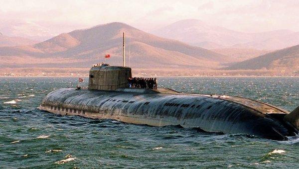 Ракетная атомная подводная лодка в море. Архивное фото.