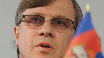 Генеральный директор ОАО Аэрофлот Виталий Савельев, архивное фото
