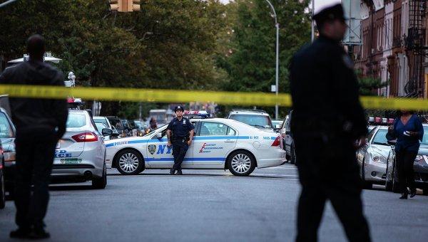 На месте стрельбы в здании командования вооружения ВМС США в Вашингтоне, фото с места событий