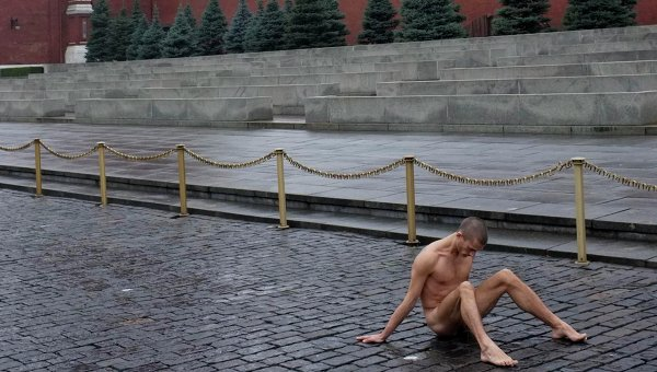 Акция художника Павленского на Красной площади, фото с места события