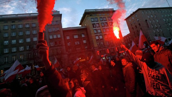 Марш независимости в Варшаве. Фото с места события