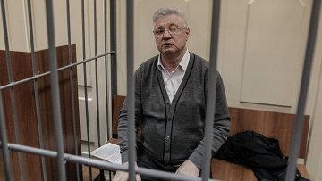 Подозреваемый в получении взятки мэр Астрахани Михаил Столяров, событийное фото