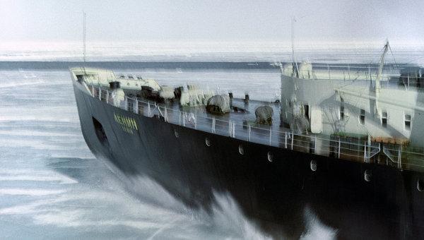 Арктическая навигация. Архивное фото