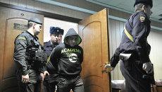 Суд продлил срок ареста Орхану Зейналову. Фото с места события