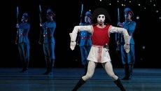 Новая постановка балета П. Чайковского Щелкунчик в Михайловском театре