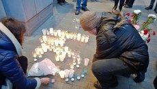 Петербуржцы зажгли 34 свечи в память о погибших в Волгограде