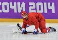 Вячеслав Войнов во время тренировки сборной России по хоккею