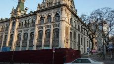Владивостокский ГУМ на реконструкции. Архивное фото