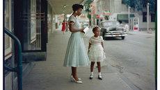 Гордон Паркс. Универмаг, Мобил, Алабама, 1956