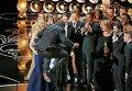 """Режиссер и продюсер Стив Маккуин получил главный """"Оскар"""" за фильм """"12 лет рабства"""""""