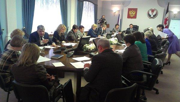 Депутаты Госсовета Удмуртии учат удмуртский язык, фото с места события