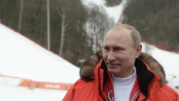 Президент России Владимир Путин посетил соревнования по горнолыжному спорту XI Паралимпийских игр