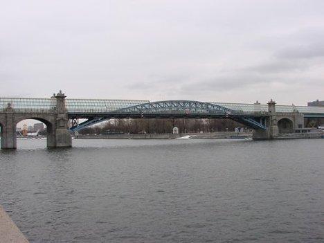 Пушкинский мост в Москве