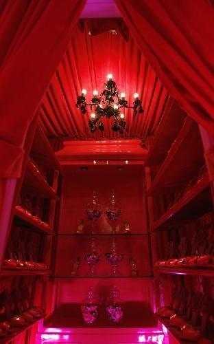 Гламурное жилье: дом Барби взрослых размеров