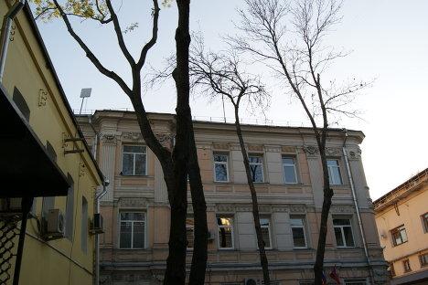Верхняя Радищевская улица в Москве. Один из двориков