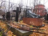 Надгробие Николая Тарасова