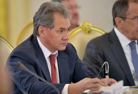 С.Шойгу на сессии Совета ОДКБ в Кремле