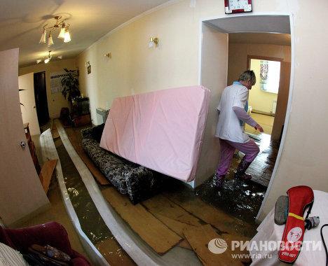 Пансионат для престарелых затопило во Владивостоке