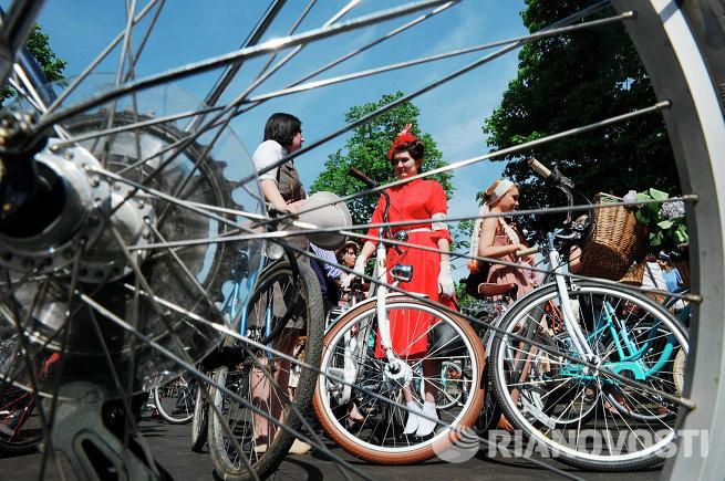 Велопробег Tweed Ride Moscow 2013