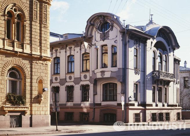 Особняк И.А. Миндовского на Поварской улице в Москве.