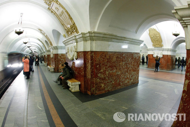 Станция Кольцевой линии Московского метрополитена Краснопресненская