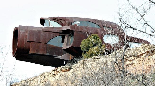 Дом-скульптуры художника и архитектора Роберта Бруно в Техасе