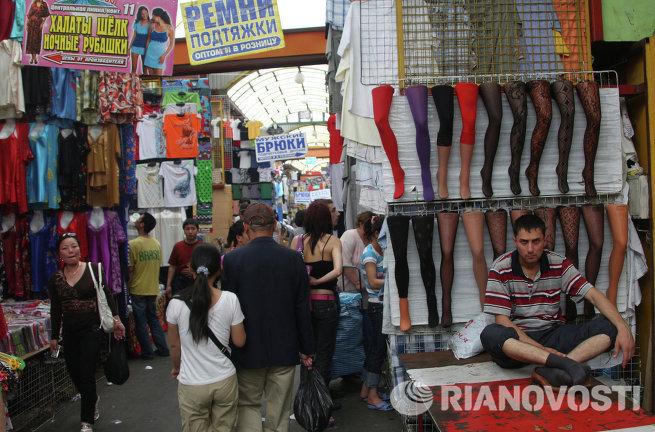 Черкизовский вещевой рынок в Москве