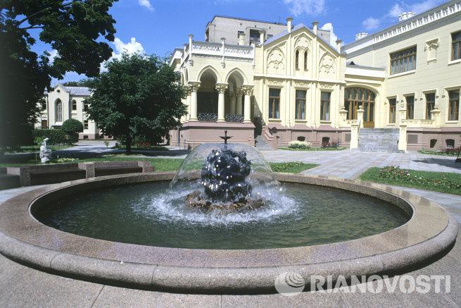 Внутренний двор особняка МИД РФ на улице Спиридоновка
