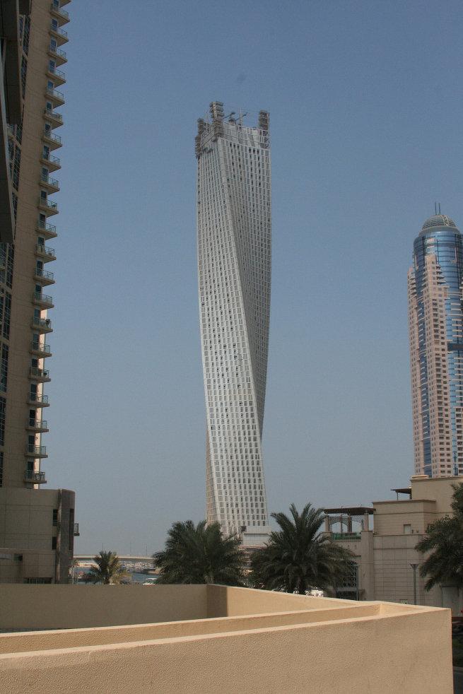 Инфинити Тауэр в Дубаи