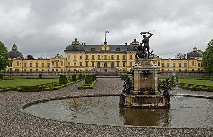Королевский дворец Дроттнингхольм