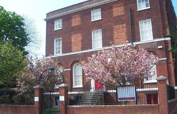 Дом в городе Пул на юго-западе Англии