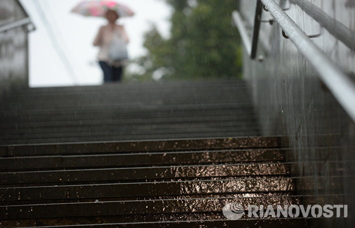 Сильный дождь в Москве