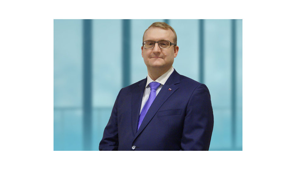 Олег Твердохлебов