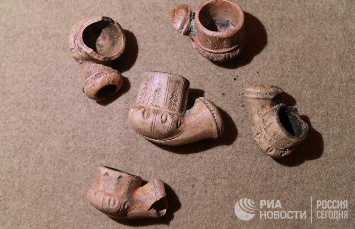 Презентация археологических находок с раскопок на Берсеневской набережной в Москве