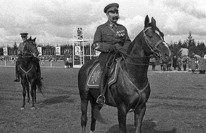 Советский военачальник Маршал Советского Союза Семён Михайлович Будённый