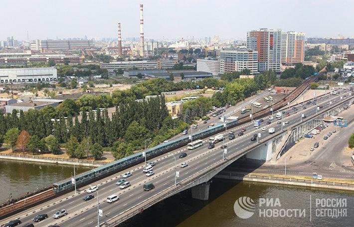 Нагатинский метромост в Москве