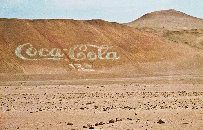 Самый большой логотип Coca-Cola